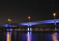 Miami, Mc Arthur Bridge at Night von Juan Carlos  Medina Gedler