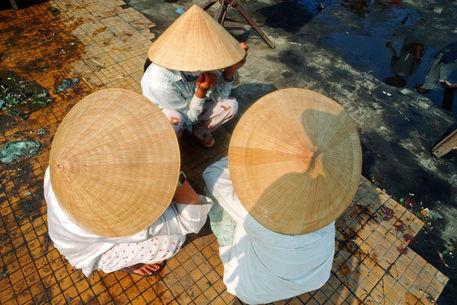 028-vietnamese-hats