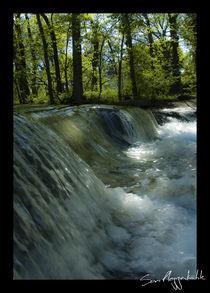 Vodopád by Sam Pleggenkuhle