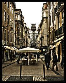 Lisbon by Joana R. Sá