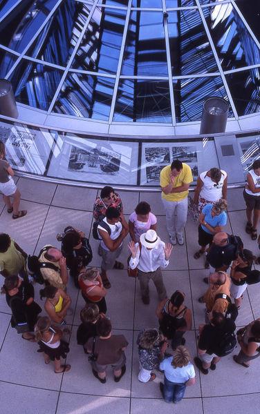 13-berlin-reichstag-explicacin-de-un-gua-a-los-turistas