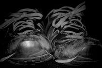 Old Kicks von Alvaro Chahin
