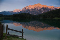 Alpenglühen über Mittenwald von Thomas Mertens