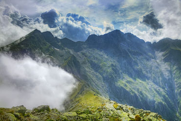 005416-the-place-where-the-clouds-turn-back-5d3-jpg
