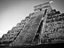 El Castillo - Chichen Itza von Noe Casas