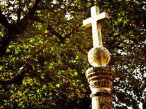 Cross von Noe Casas
