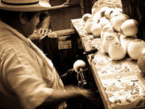 Peeling oranges von Noe Casas