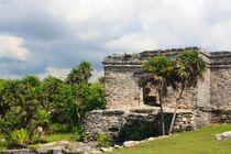 Mayastätte Tulum am Meer in Yucatan, Mexiko by Mellieha Zacharias