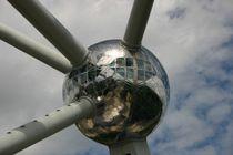 Atomium 2 von rheo