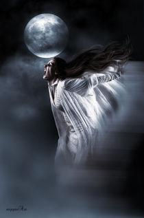 Under the Full Moon by triziana