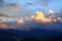 Hst-cloudofsunset