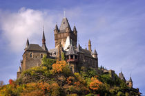 Reichsburg Castle above Cochem on the Mosel River von Louise Heusinkveld