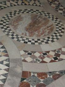 Fussbodenmosaik im Aachener Dom von Kathrin Kiss-Elder