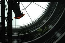 Traversen in rundem Treppenhaus vor Glaskuppel, Bezirksrathaus Köln-Nippes by Kathrin Kiss-Elder