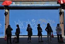 Chinatown bus stop von Ed Rooney