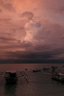 Purple Storm in Bali von Benjamin Wilkinson
