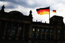 Berliner Reichstag mit Fahne by leroyash