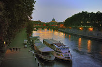 Boats on the Tiber von Ed Rooney