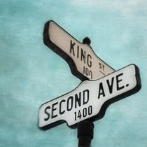 second avenue/king street by Priska  Wettstein