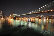Brooklyn Bridge by night by sofiane