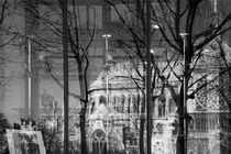 NOTRE DAME DE PARIS WINDOW by Paul Bellevie