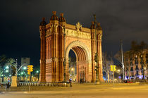 Arc de Triomf at night in Barcelona, Spain  von Tanja Krstevska