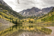 """Maroon Bells"" on a cloudy day.  von Irina Moskalev"