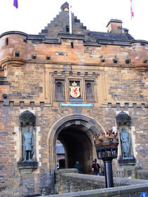 The Castle, Edinburgh by lauryn