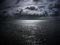 Bay And Clouds von Ross Williams