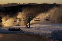 Mt Buller Ski Resort Sunrise, Victoria, Australia von Michael Brownjohn