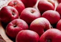 apples by marta-b