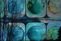 Komposition aus Farbkasten und Ästen von Kathrin Kiss-Elder