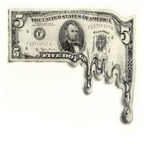 Melting 5 dollar bill von Paul Segsworth