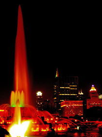 Buckingham Fountain and the Chicago Skyline by Larry Eiring