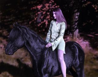 Pferd-mdchen-b