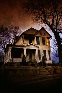 Grunge House by Paul Segsworth