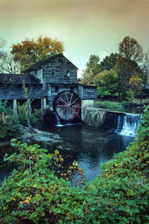 Pigeon Forge Mill by Paul Segsworth