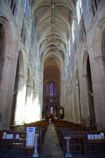 Nave of the Tours Cathedral von safaribears