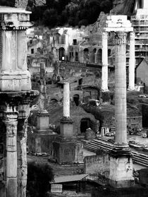 Roma old city - b&w by marga-sol
