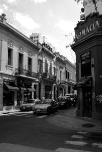 Street in Buenos Aires von Adriana Schiavon