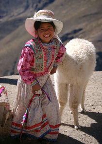 Little girl and baby alpaca by RicardMN Photography