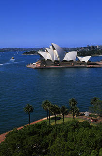 View of Opera House From Sydney Harbour Bridge von Wolfgang Kaehler