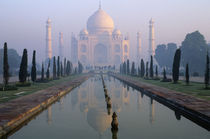 Taj Mahal at Sunrise by Wolfgang Kaehler