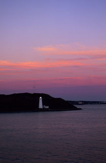 Lighthouse at Sunset by Wolfgang Kaehler