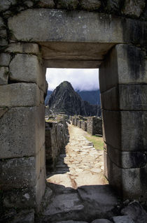 View of Huayna Picchu Through Entrance Door von Wolfgang Kaehler