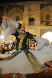 Traditional Uzbek Dance by Wolfgang Kaehler