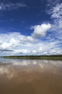 Confluence of Maranon and Ucayali Rivers Forming Amazon River von Wolfgang Kaehler