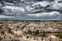 Cloudy Edinburgh von and979