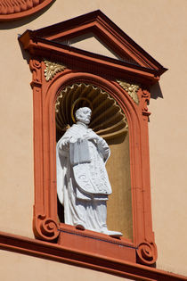 Statue on a Jesuit Church von safaribears