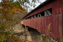 Covered bridge, Vermont, USA von John Greim